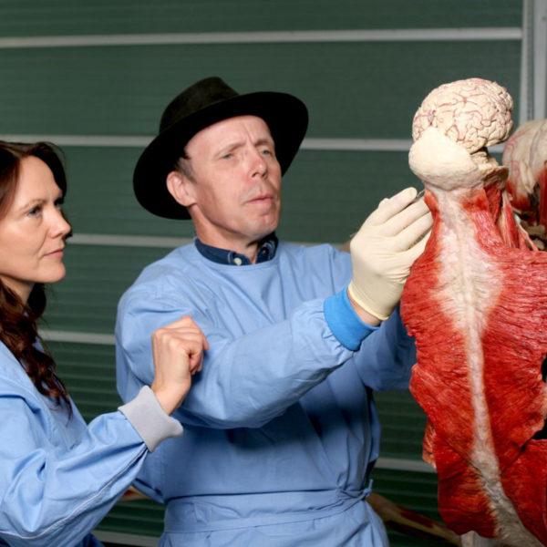 Dr. Gunther von Hagens & Dr. Angelina Whalley